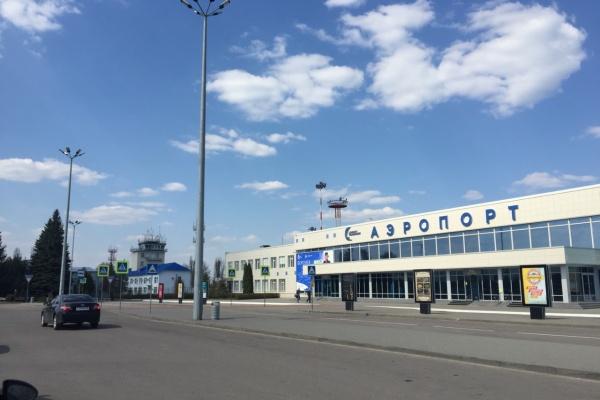 Губернатор попытался заинтересовать Романа Троценко развитием воронежского аэропорта