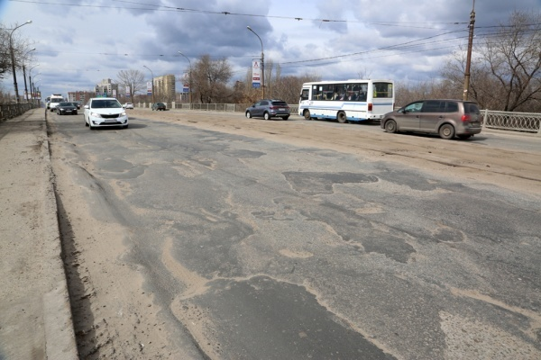 Воронежская и московская компании поделили тендеры на реконструкцию двух  виадуков за 940,5 млн рублей