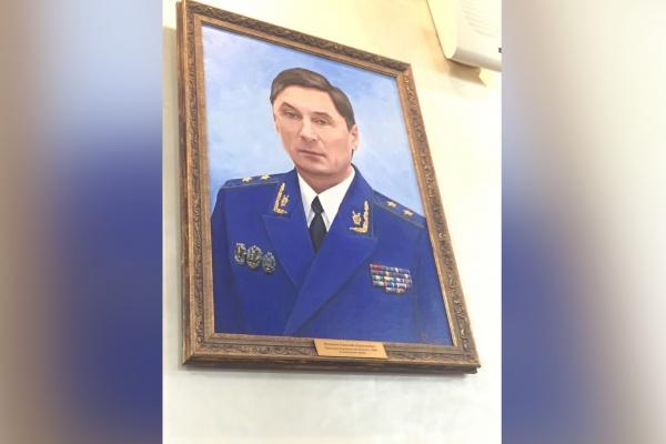 Экс-прокурор Николай Шишкин на прощанье метафорично прокомментировал политическую ситуацию в регионе