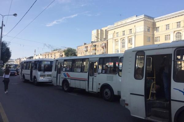 В воронежском правительстве ответили на сомнения в законности «плавающего» тарифа на проезд в маршрутках