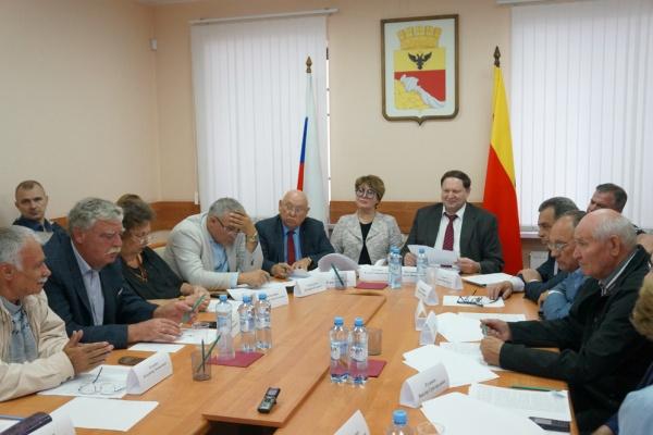 Стали известны имена еще семи членов нового состава Общественной палаты Воронежа