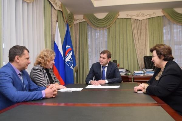 Секретарь воронежского реготделения «Единой России» Владимир Нетесов провел личный прием граждан
