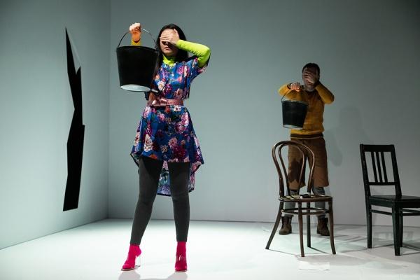 В Воронеже театр покажет онлайн-трансляцию пьесы абсурда