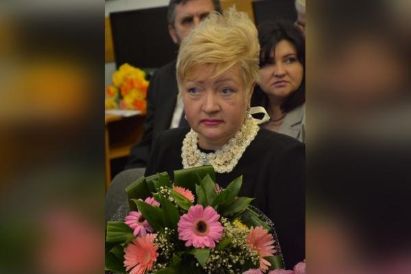 Воронежский директор школы Ольга Терновых приписала себе членство в ЕР?