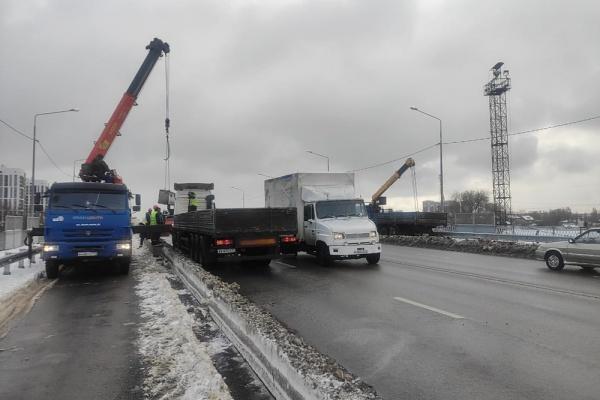 В Воронеже на путепроводе 9 Января запустили движение по всем полосам