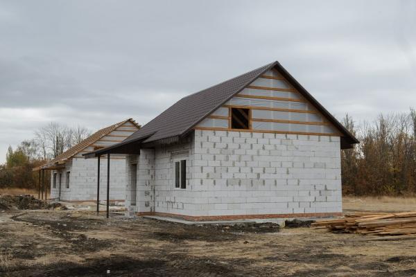 Власти продолжают упаковывать социалкой бобровскую деревню под Воронежем
