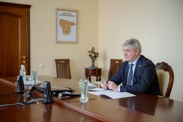 Воронежский губернатор отрезвил думу и мэрию по росту коммунальных платежей