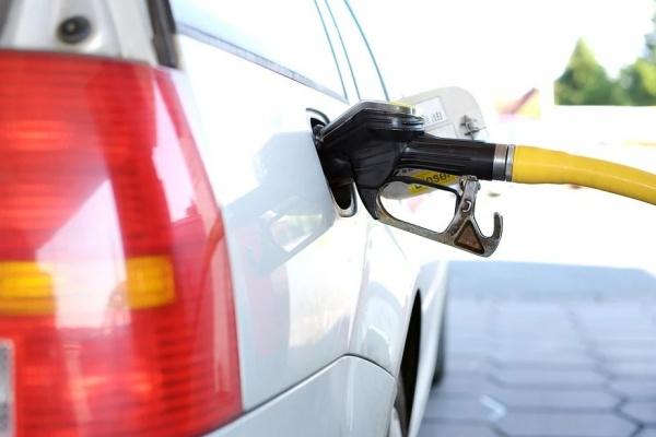 Воронеж оказался внизу рейтинга по доступности бензина для жителей