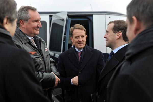 Дмитрий Медведев  раскритиковал систему госуправления вслед за воронежским губернатором