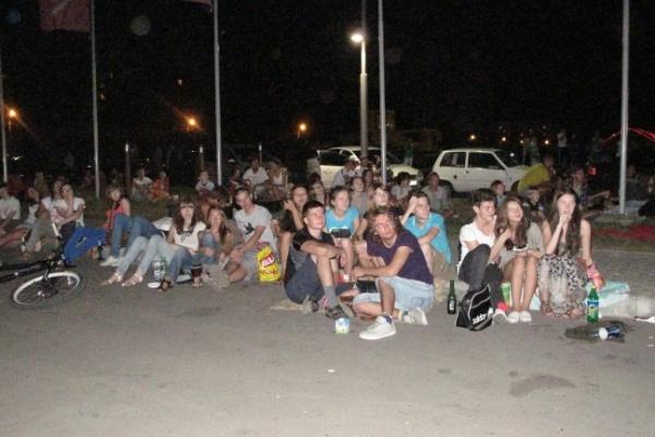 Воронежцам в кинотеатре под открытым небом показали эротику