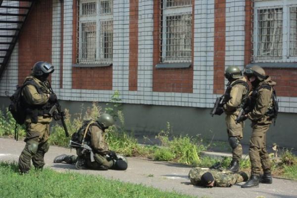 На учениях силовиков «террористы» захватили воронежских школьников