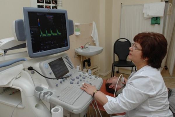 В воронежской больнице «Электроника» заменили все 1 100 окон