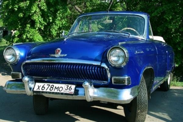 В «юбилейную» неделю в Воронеж из Москвы примчатся ретро-автомобили