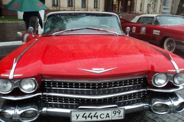 Раритетные машины все-таки добрались из Москвы в Воронеж несмотря на поломки в пути