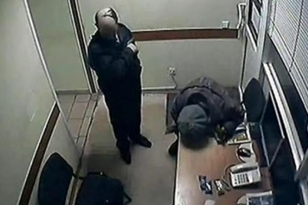 В Воронеже охранников гипермаркета признали невиновными в смерти пенсионерки