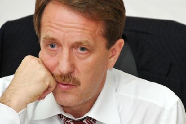 Воронежский губернатор и  после скандалов сохранил «очень сильное влияние»
