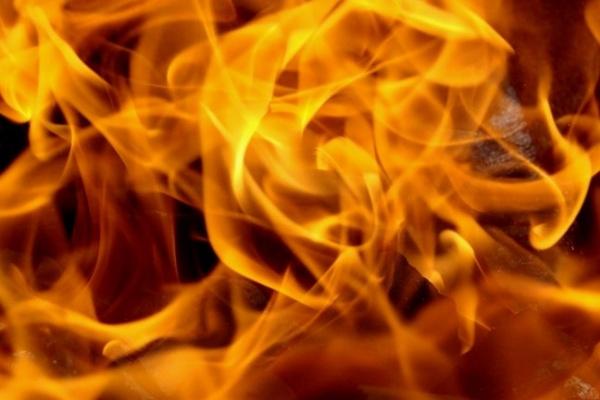 В центре Воронежа в строительном вагончике сгорел мужчина