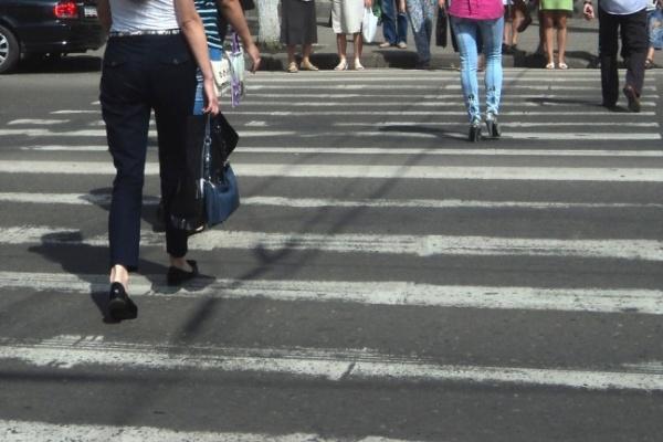 В Воронеже женщина на иномарке сбила подростка на «зебре» и скрылась с места ДТП