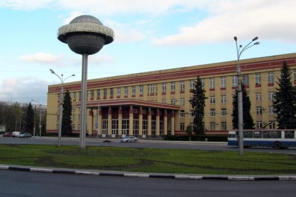 В Воронеже напали на секретаря ВГУ, которая несла зарплату преподавателям