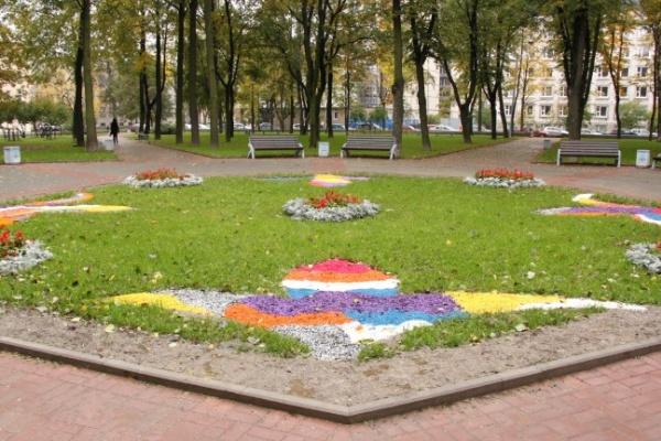Сегодня в Санкт-Петербурге открылся отреставрированный Воронежский сад