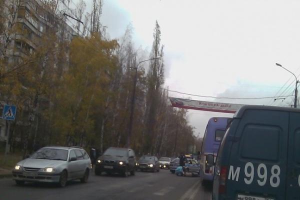 НОВЫЕ ПОДРОБНОСТИ: автобус №90 сбил пенсионерку в 11 метрах от «зебры»