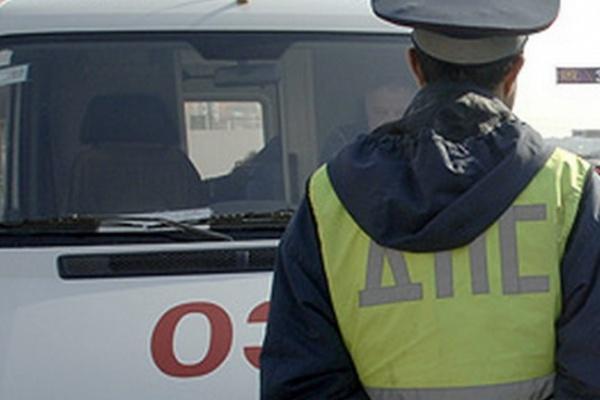 В Воронеже под колеса иномарки попал 8-летний мальчик
