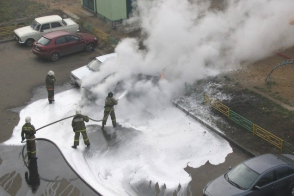 Полиция выяснила: автомобили в Северном микрорайоне Воронежа никто не поджигал