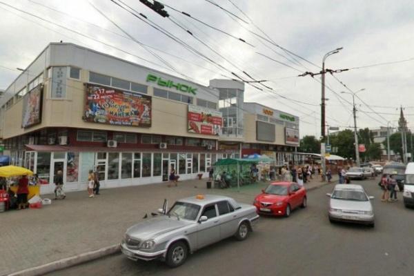 В Воронеже ссора бывших зэков закончилась смертью одного из них под колесами маршрутки