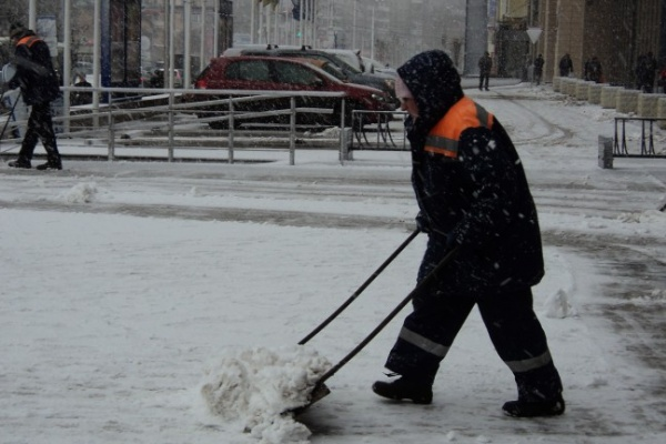 В Воронеже снегопад «упал на голову»