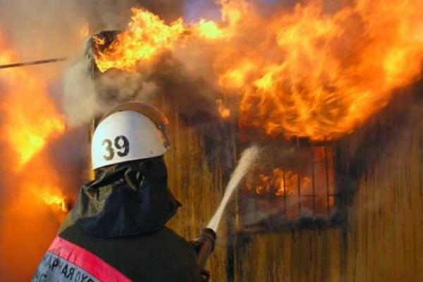 За выходные в Воронежской области в пожарах погибли два человека