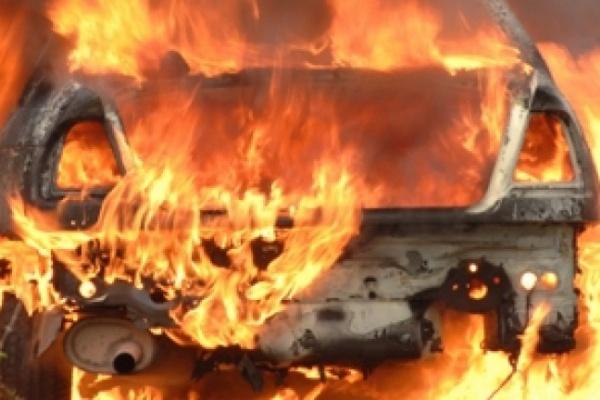 В Воронежской области из-за пожара в машине пострадал 3-летний мальчик