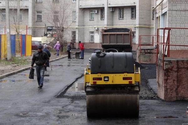 Более ста воронежских дворов не успели отремонтировать
