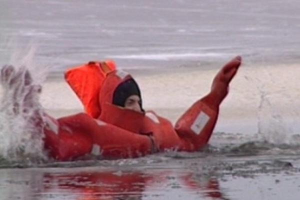 На озере Большом в Воронежской области спасли горе-рыбака