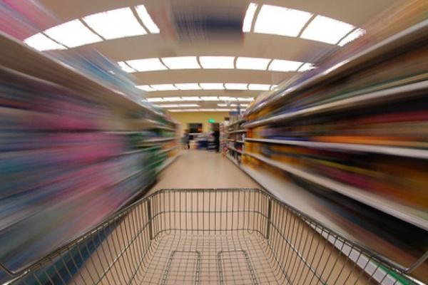 В Воронеже покупатель попросился в туалет и обокрал гипермаркет