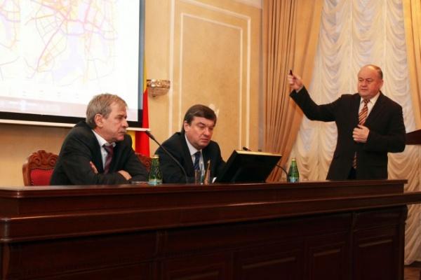 В Воронеже продолжают развивать транспортную инфраструктуру
