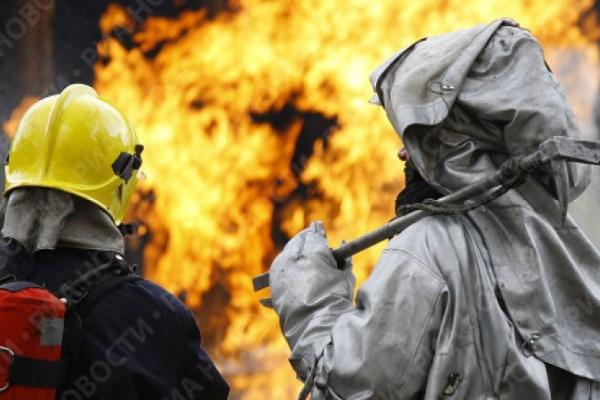 В Воронеже на пожаре по улице Плехановской погиб один человек