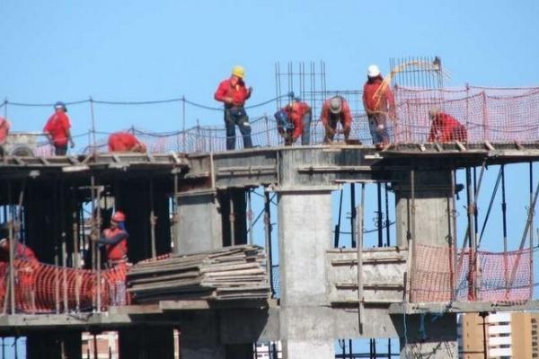 В Воронеже глава управления строительства превысил полномочия на 2,5 млн рублей