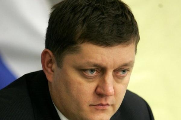 Олег Пахолков со сломанной ногой возглавил воронежское реготделение «Справедливой России»