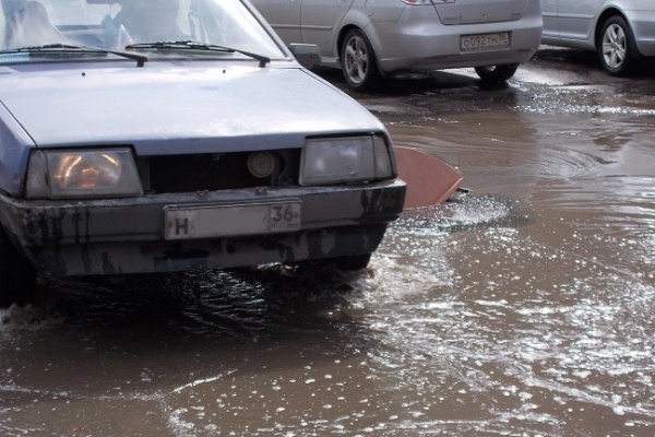 В этом году в Воронеже отремонтируют дороги на 127 улицах