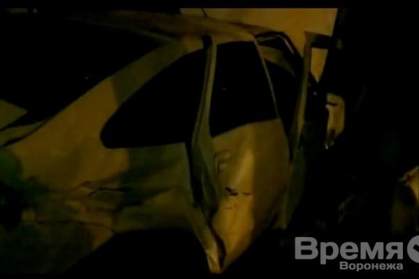 В центре Воронежа капитан полиции протаранил три машины и... заснул