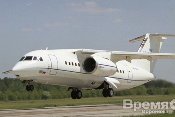 В Воронеже экстренно сел самолёт c пассажирами на борту