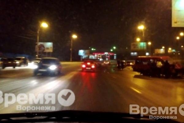 Пятеро пострадали в аварии с маршруткой в Воронеже