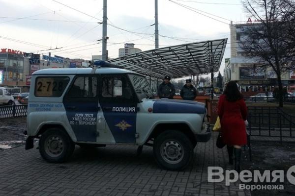 В Воронеже из-за прорыва трубы эвакуировали людей из подземного перехода около Цирка