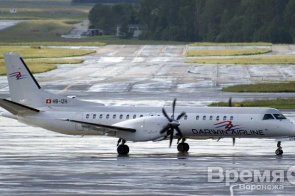 В Воронеже экстренно сел пассажирский самолёт с неисправным двигателем