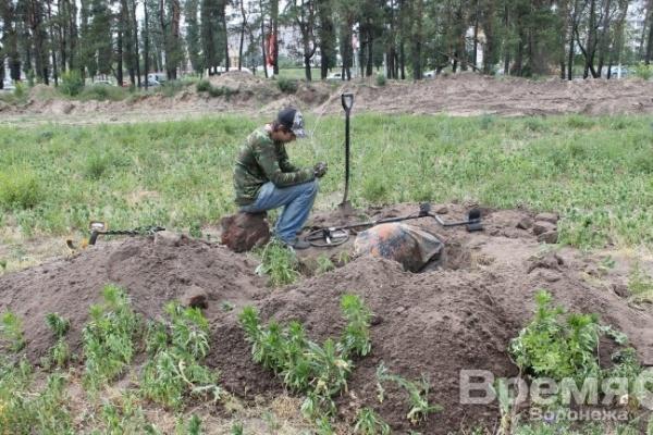 В Коминтерновском районе строители, вырывая котлован, уничтожили захоронение бойцов Стрелковой дивизии