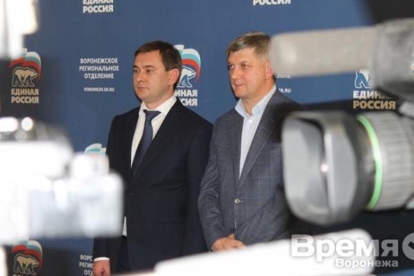 После официального назначения мэром Воронежа Александр Гусев своим первым замом сделает Сергея Крючкова