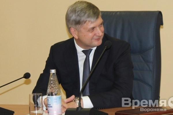 В сентябре СМИ самый позитивный имидж создали мэру Воронежа