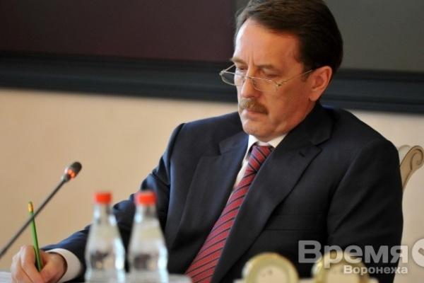 Уровень доверия губернатору Алексею Гордееву - самый низкий в Воронеже за последние три года