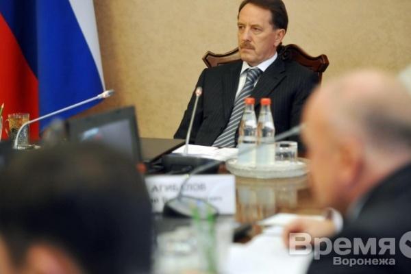 Губернатор Алексей Гордеев взял руководство Воронежем на себя
