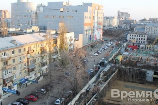 Из-за строительства жилого комплекса «Сердце города» в соседней пятиэтажке сдвинулись потолочные плиты